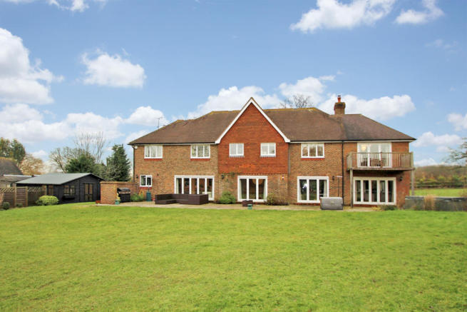 5 bedroom detached house, Faygate
